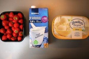 Erdbeeren Milch Sahneeis