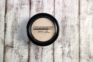 Mana Kadar Beauty HI-DEFINITION PERFECTING POWDER