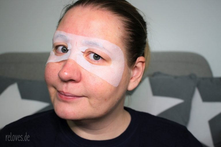 Anwendung Garnier Hydra Bomb Augentuch Maske mit Kokoswasser
