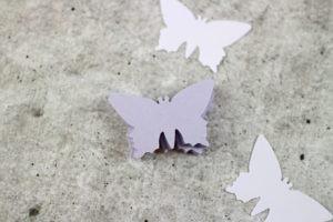 Ausgestanzte Schmetterlinge für DIY 3D Schmetterlingsbild